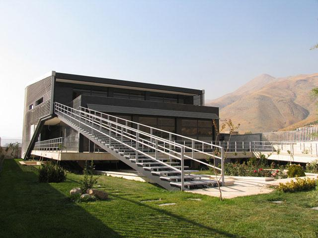 House with 2 skins in Iran by Fluid Motion Architects  2