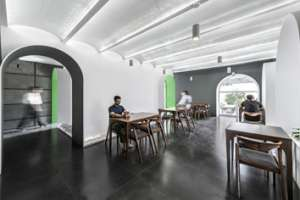 Character Café & Gallery in Mehrshahr | Architecture of Iran