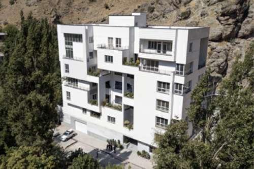آپارتمان مسکونی رو به طلوع